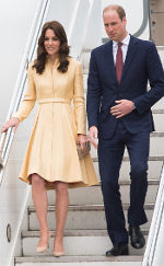 Prince William & Kate, handsign, masonic, freemasons, freemason, freemasonry